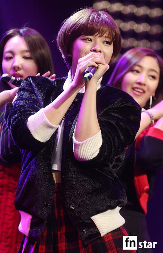 MBC標準FM「女性時代」に出演中のTWICEジョンヨン